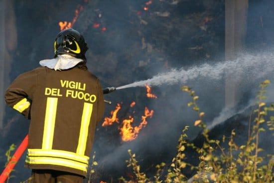come si diventa vigile del fuoco